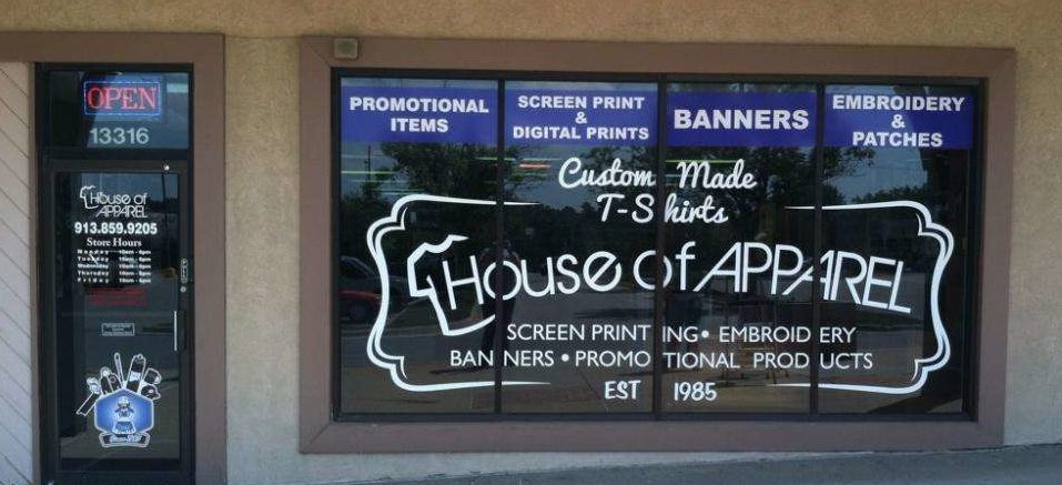 House of apperal window graphic